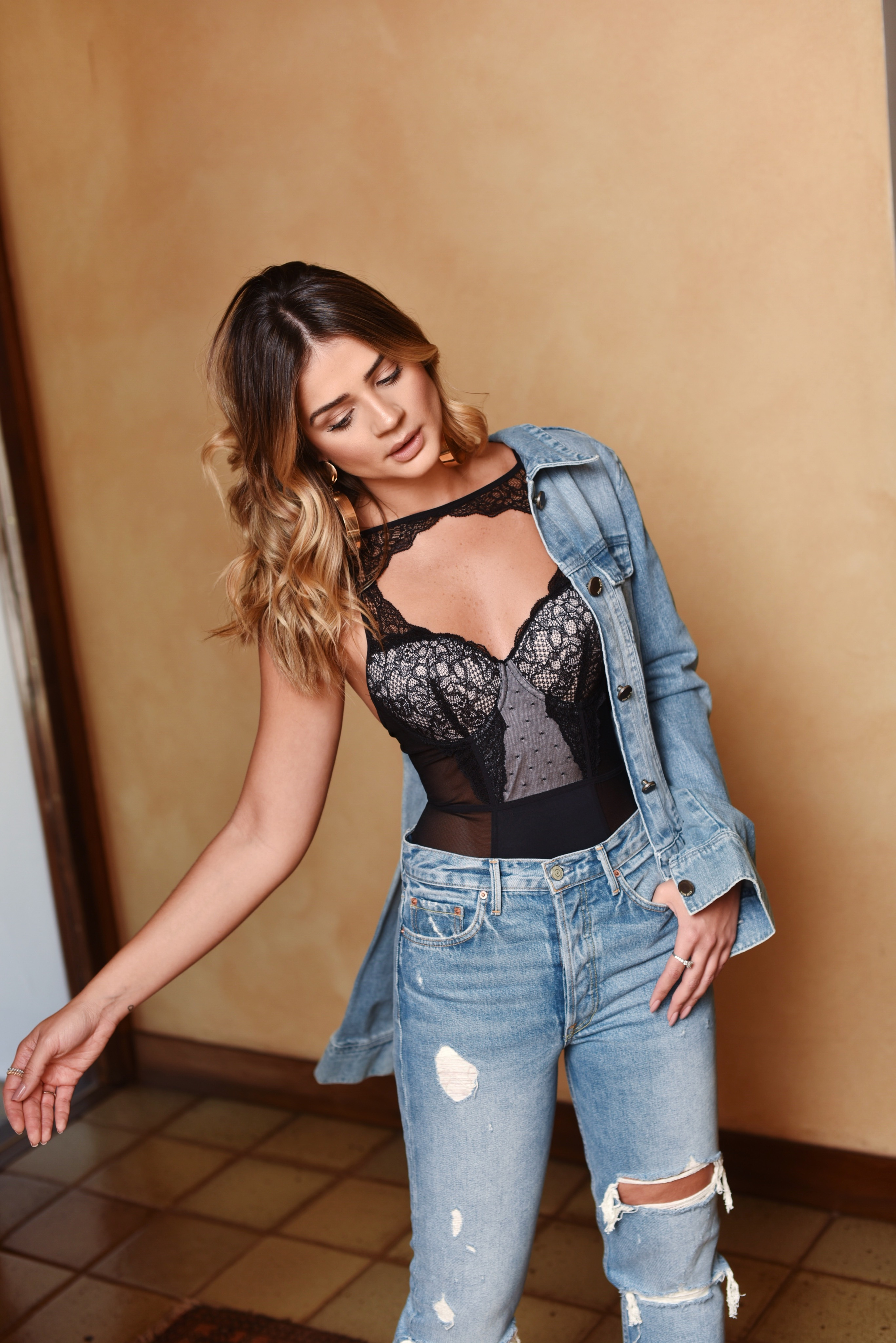 look-jeans_thassia-naves_1