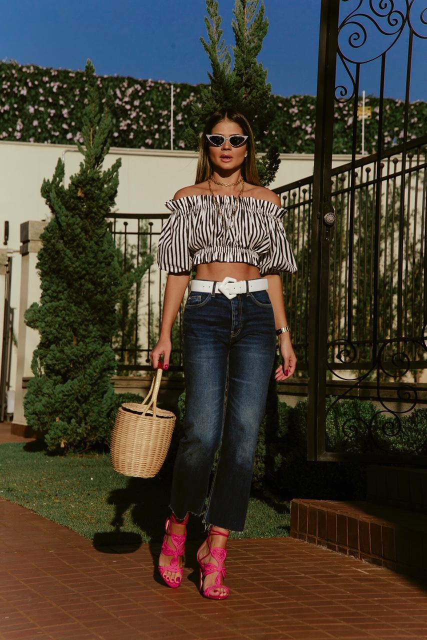 Calça Jeans e Cropped_Sandalia Cecconello_Thassia Naves3