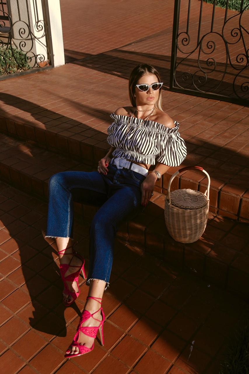 Calça Jeans e Cropped_Sandalia Cecconello_Thassia Naves8