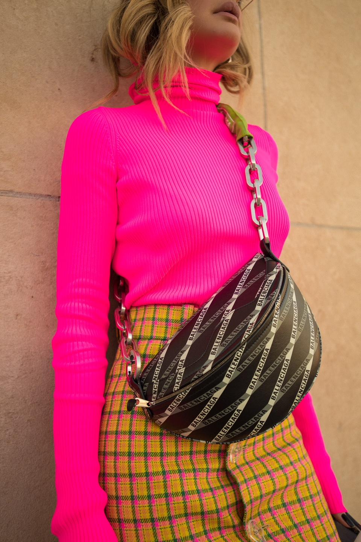 Thassia de Neon em Paris6