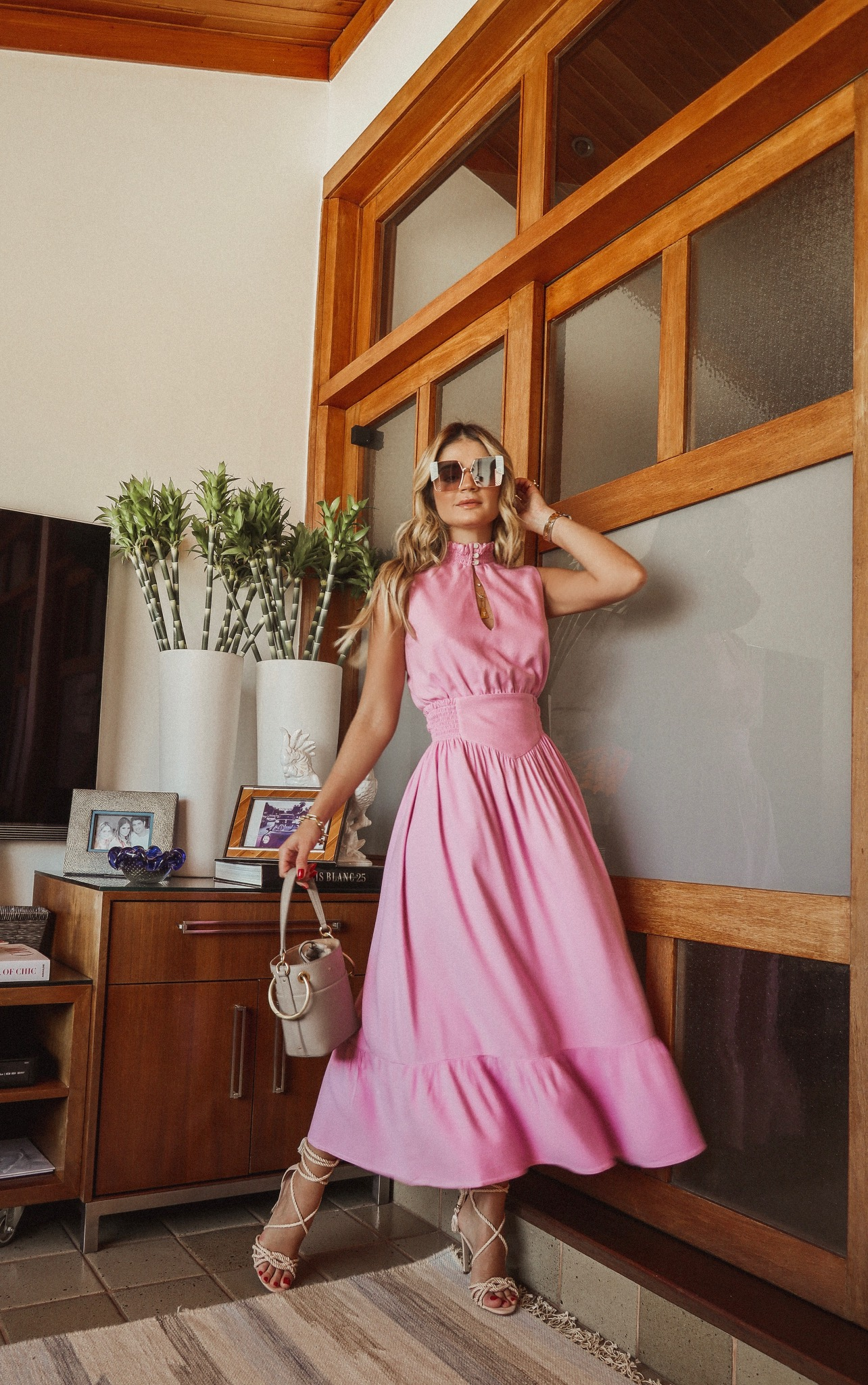Thássia vestido rosa 3