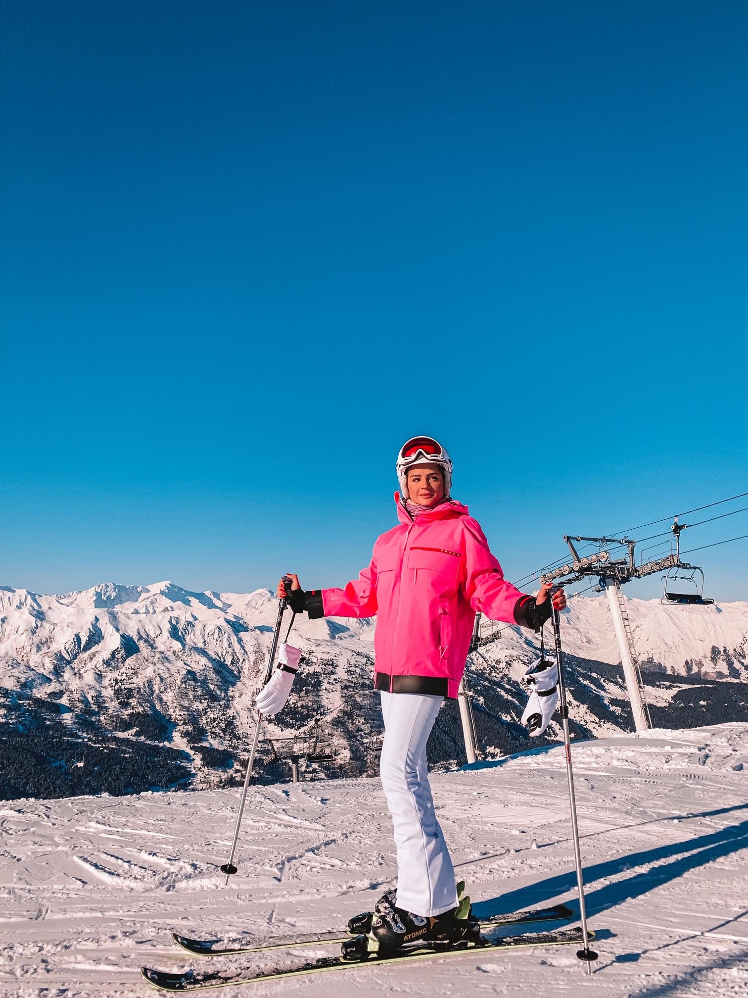 Thássia ski courchevel rosa neon 4