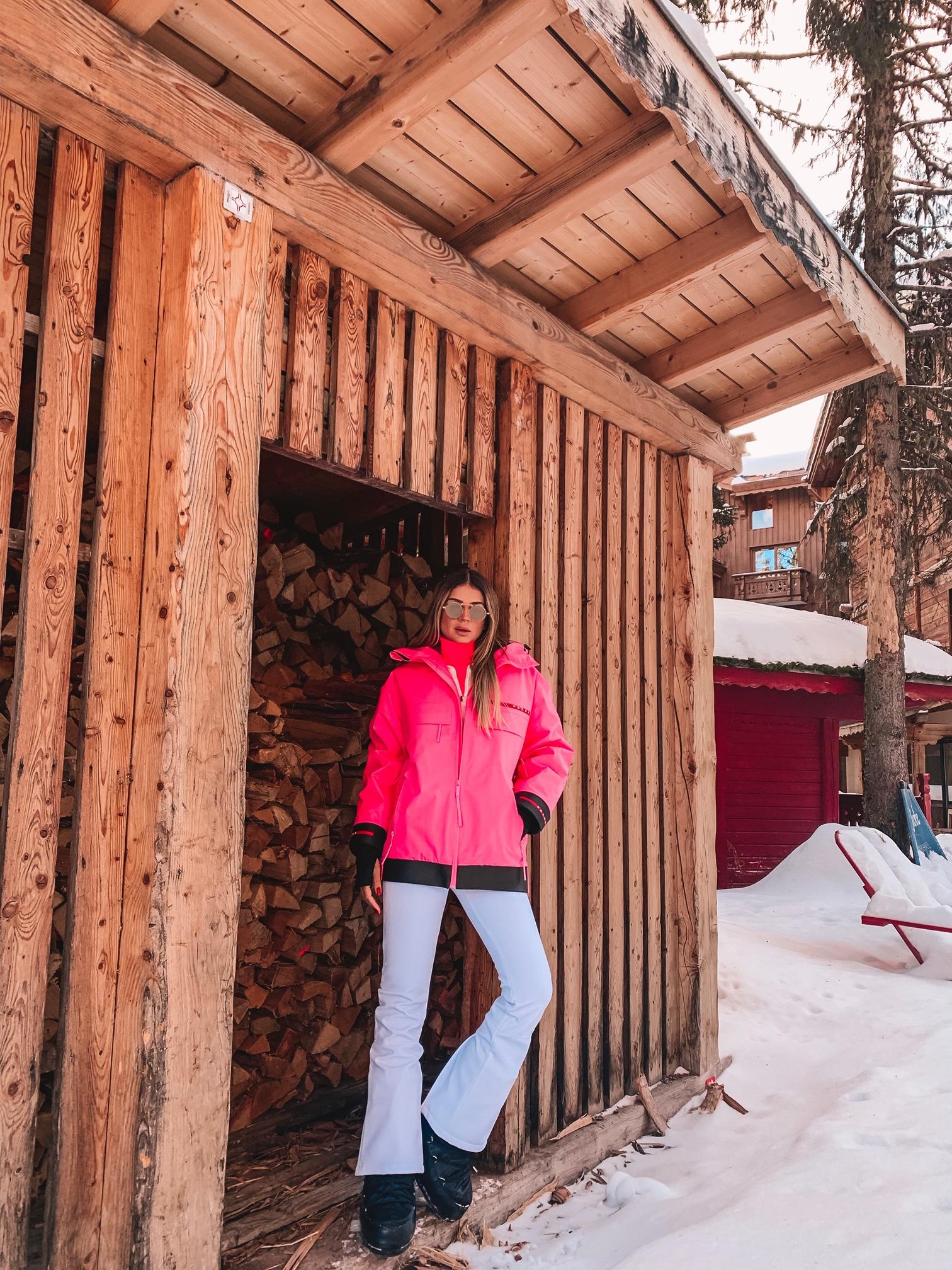Thássia ski courchevel rosa neon