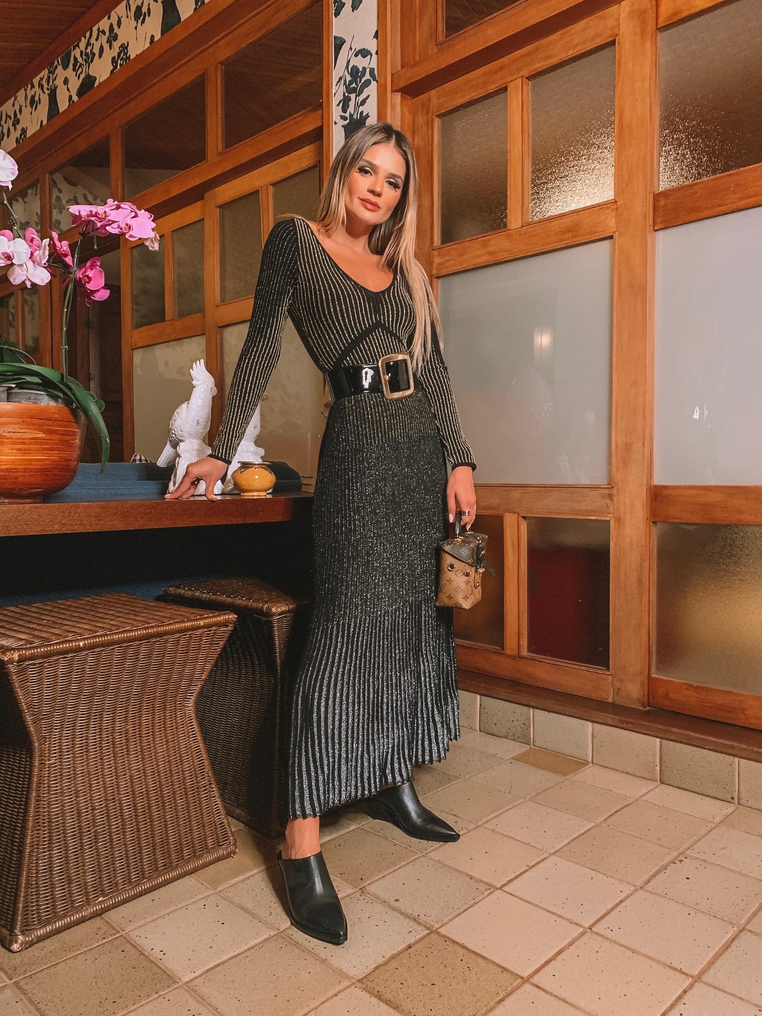 Thássia vestido preto galeria tricot 1