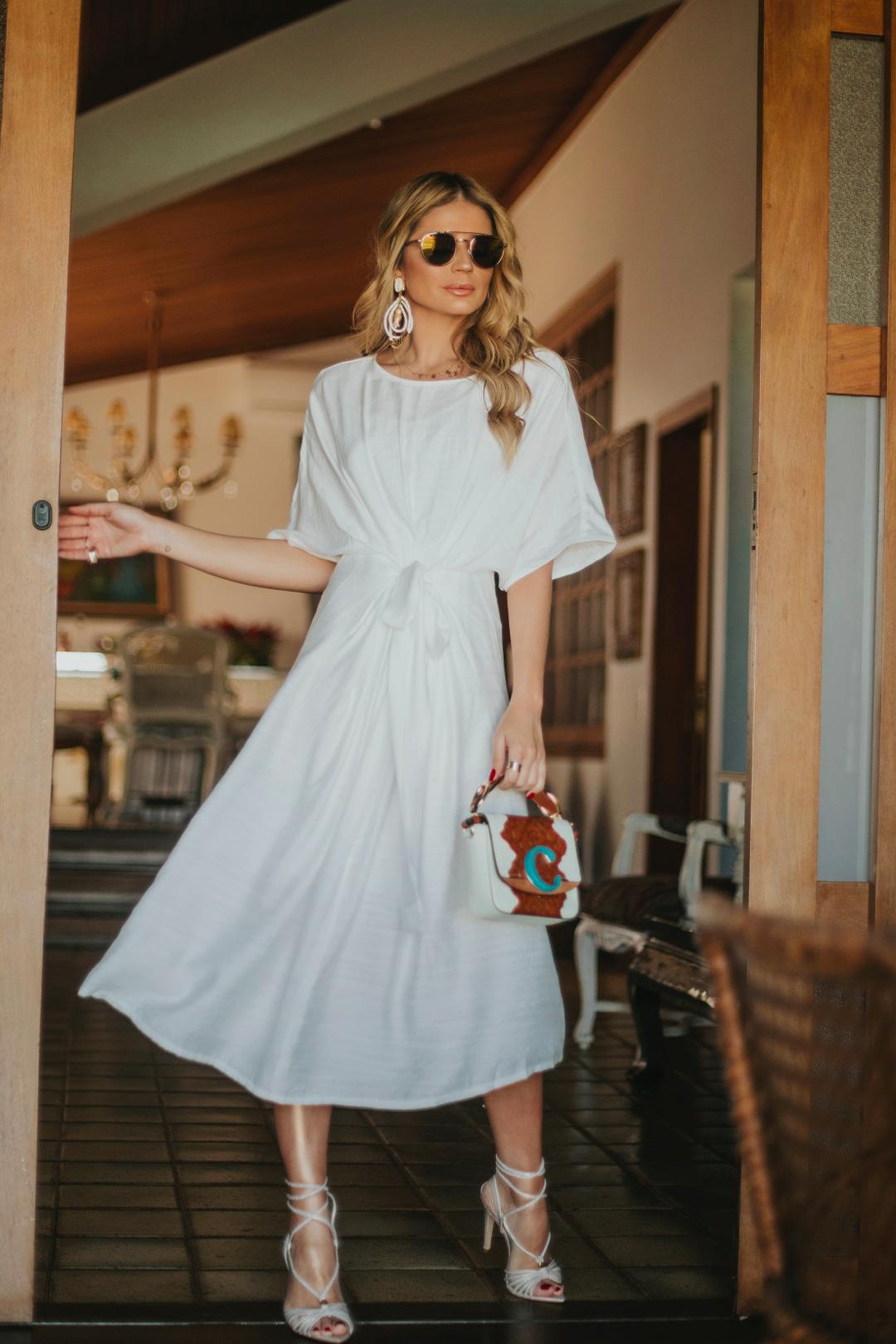 Thássia vestido branco skazi 1